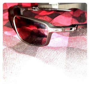Oakley  siphon sunglasses